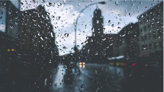 0cf203149c5 Regntøj: Kend forskellen på vandtæt og vandafvisende regntøj. AfPriceRunner