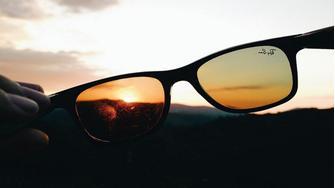 054d5d7e72f0 Solbriller - Sammenlign priser på solbriller hos PriceRunner