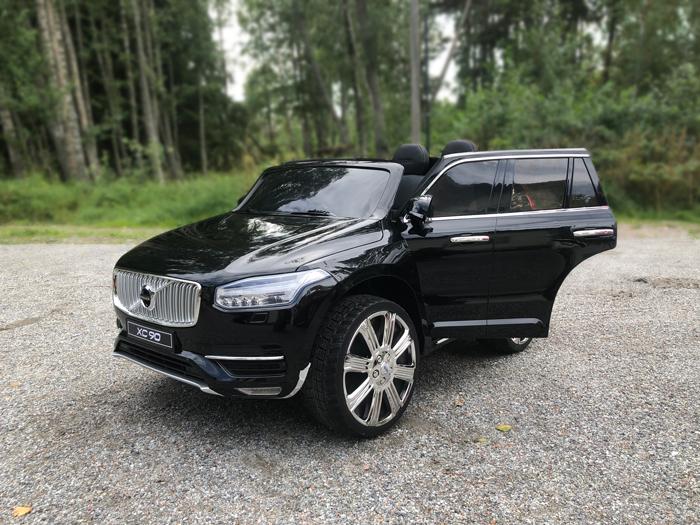 Volvo-XC90-Inscription-03