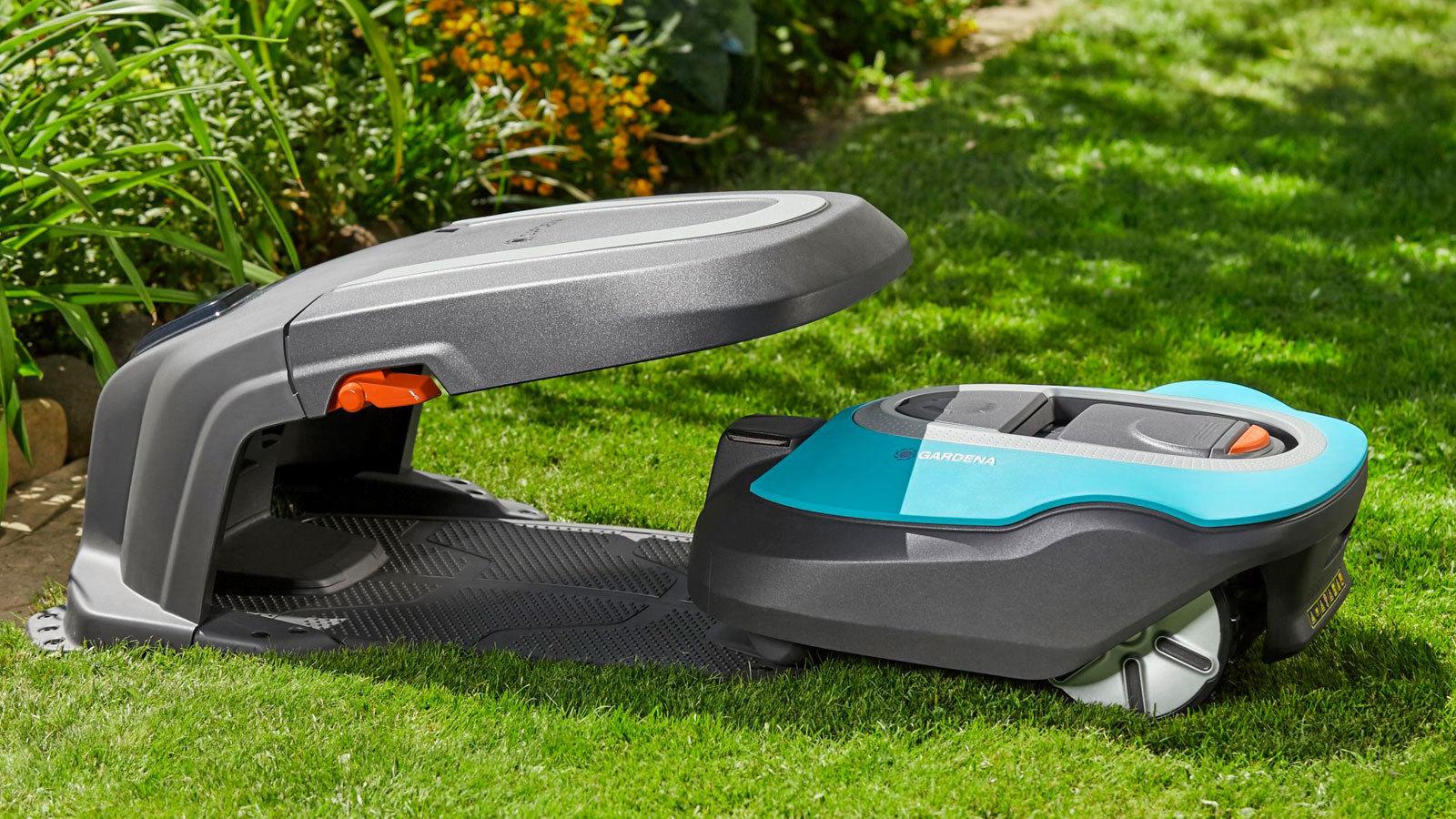 Huset skyddar robotgräsklipparen från regn och rusk
