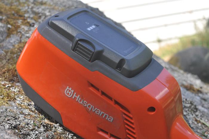husqvarna-115il-motor-batteri