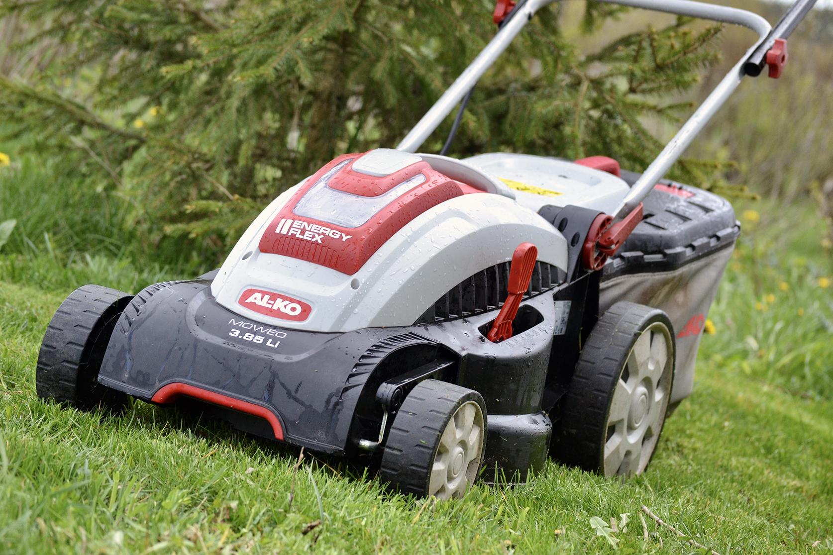 AL-KO EnergyFlex 3.85 Li redo att klippa gräset