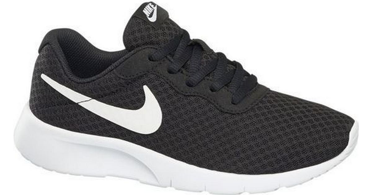 ec853b7aa56 Nike Tanjun W - Black/White - Sammenlign priser hos PriceRunner