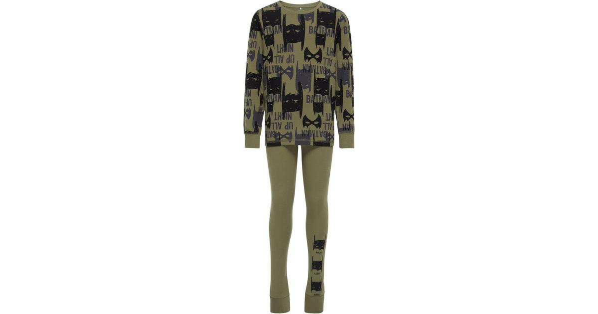 63e68d69 Name It Nightwear Kid's Batman - Green/Deep Lichen Green (13145394) -  Sammenlign priser hos PriceRunner