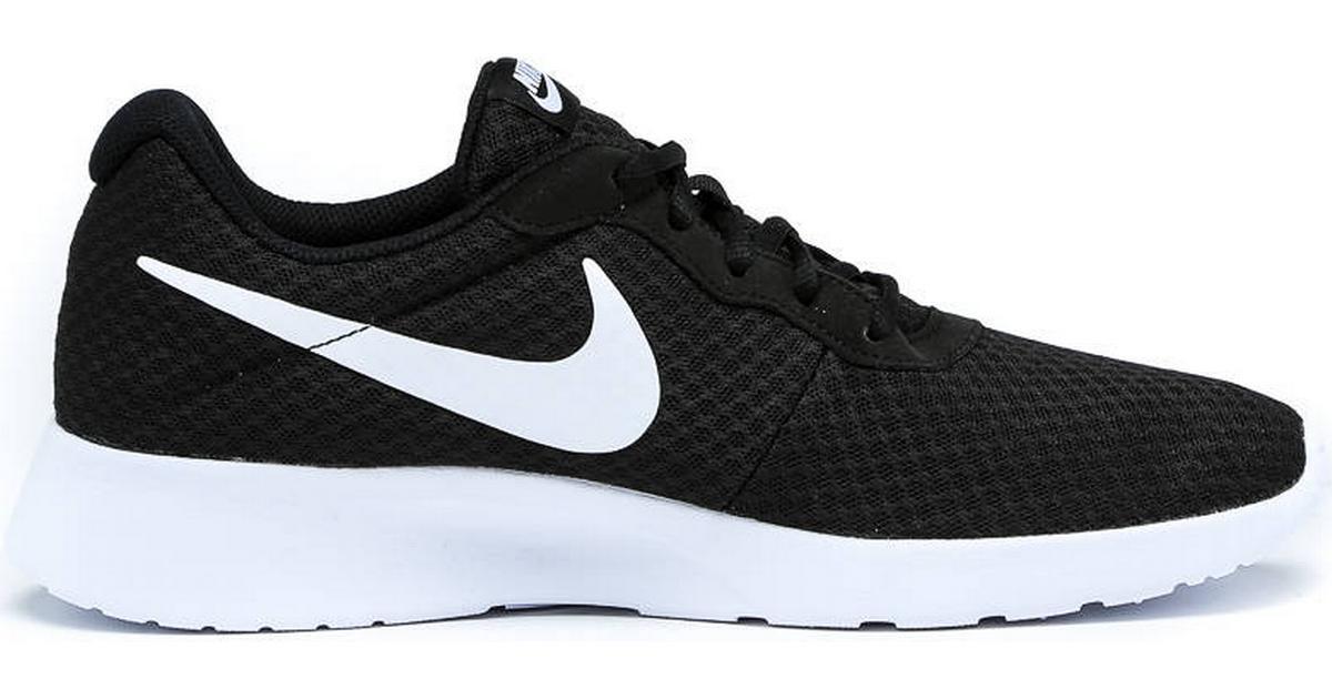 finest selection d91e0 927ea Nike Tanjun - Black White - Hitta bästa pris, recensioner och produktinfo -  PriceRunner