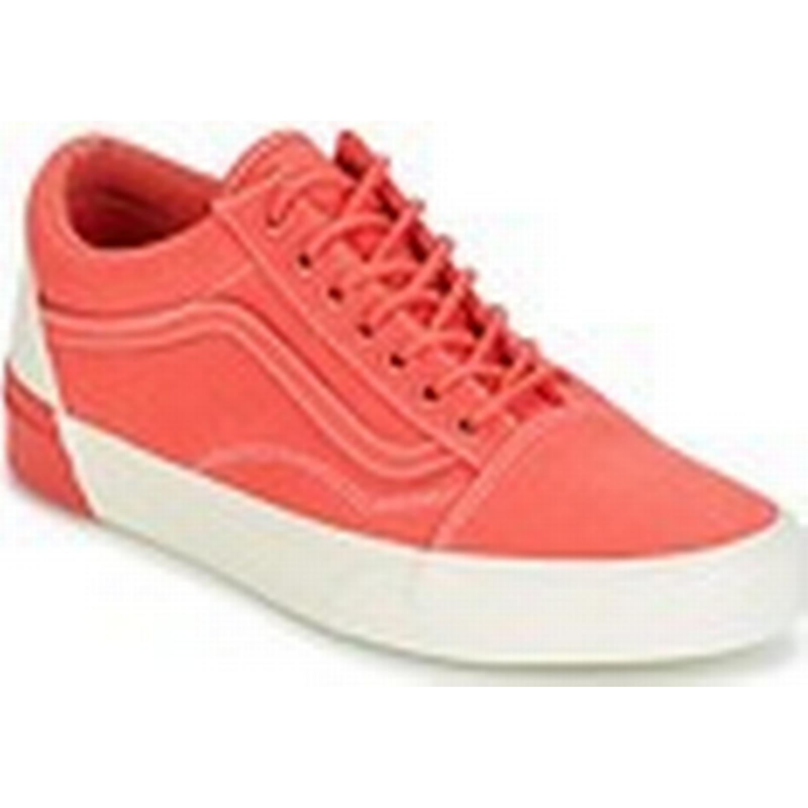 42a0e647734937 Vans UA OLD OLD OLD SKOOL DX women  x27 s Shoes (Trainers) in Orange 2950db