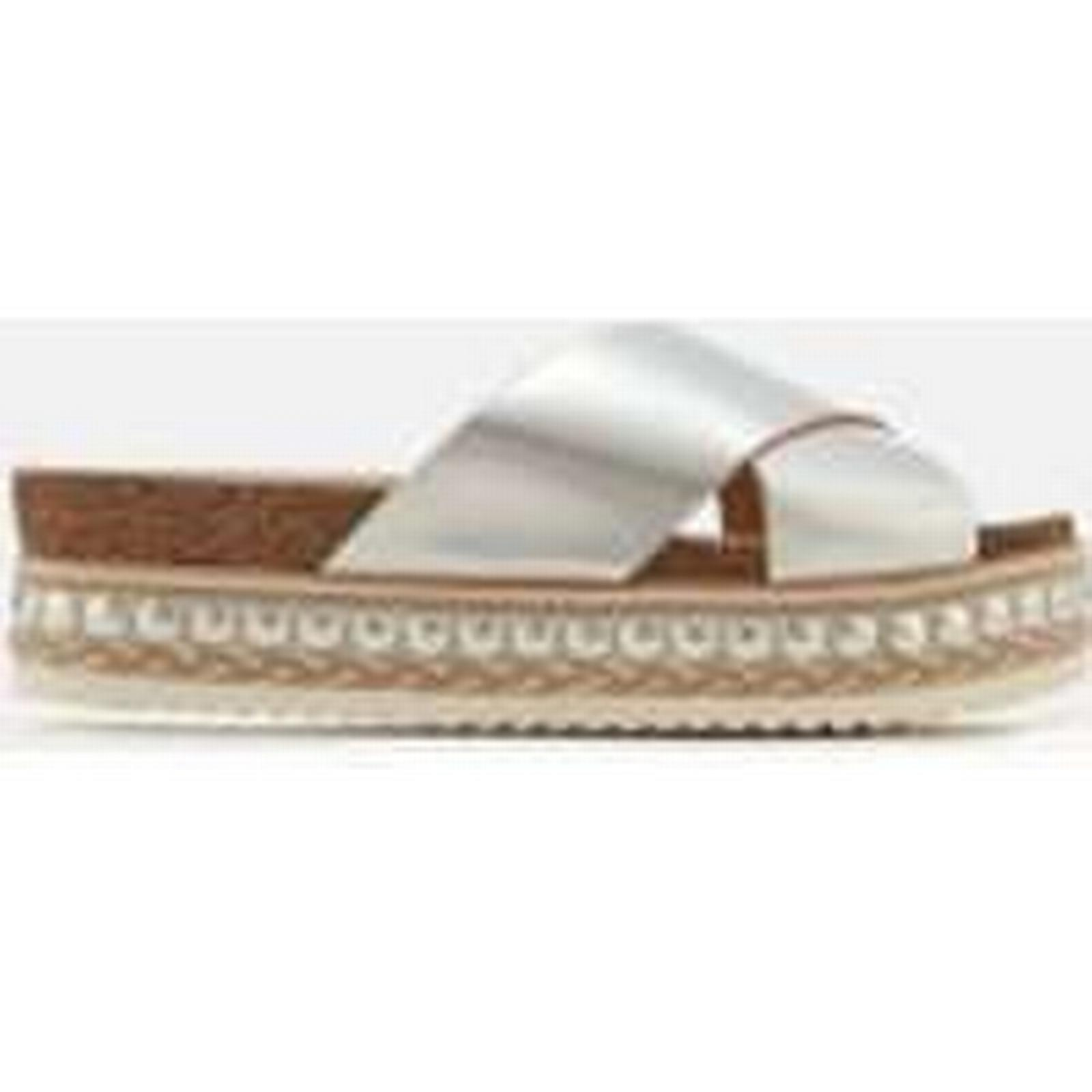 Carvela Women's Kake Leather - Cross Front Flatform Sandals - Leather Silver 176ce6