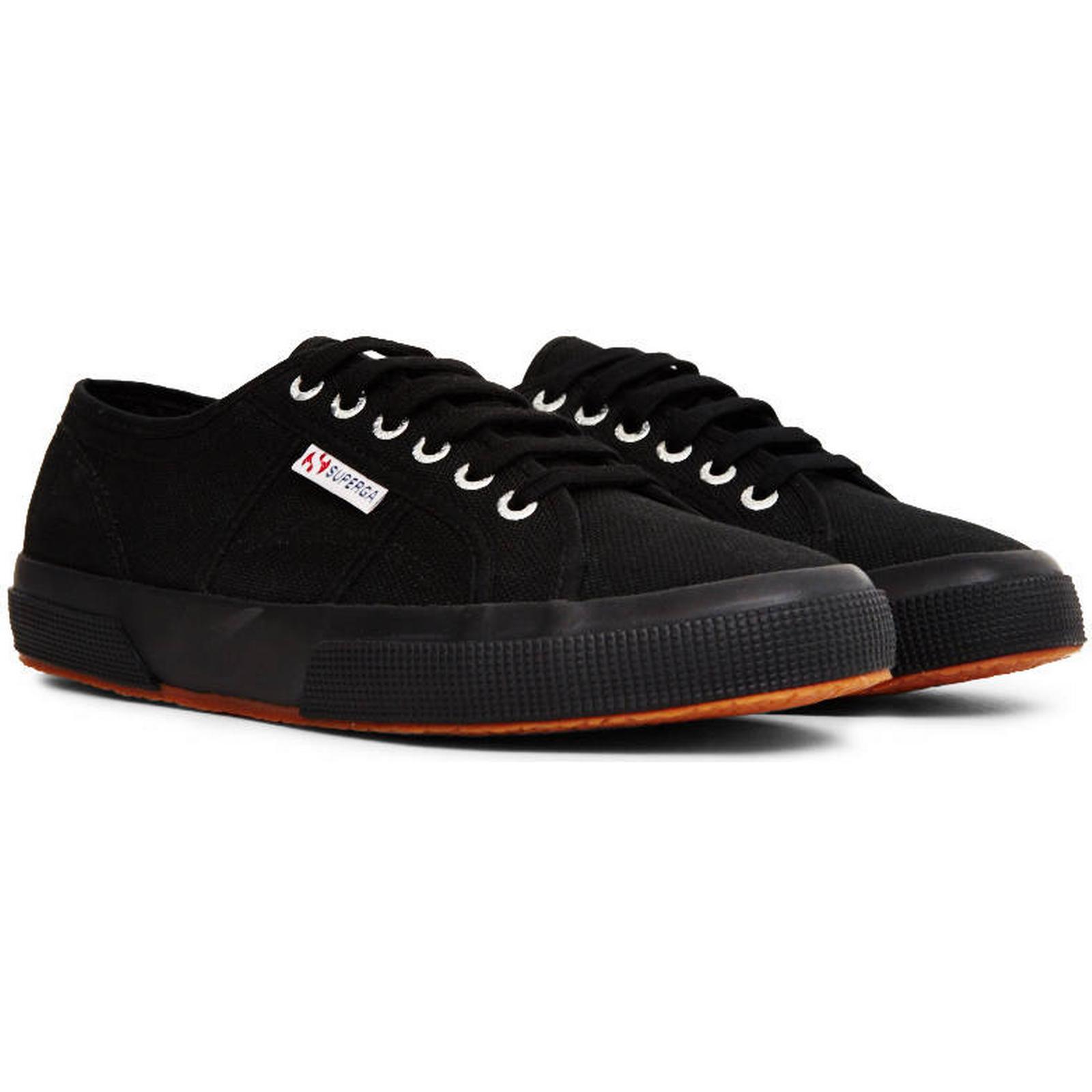 Superga Black 2750 Cotu Classic Plimsolls Black Superga d707d1