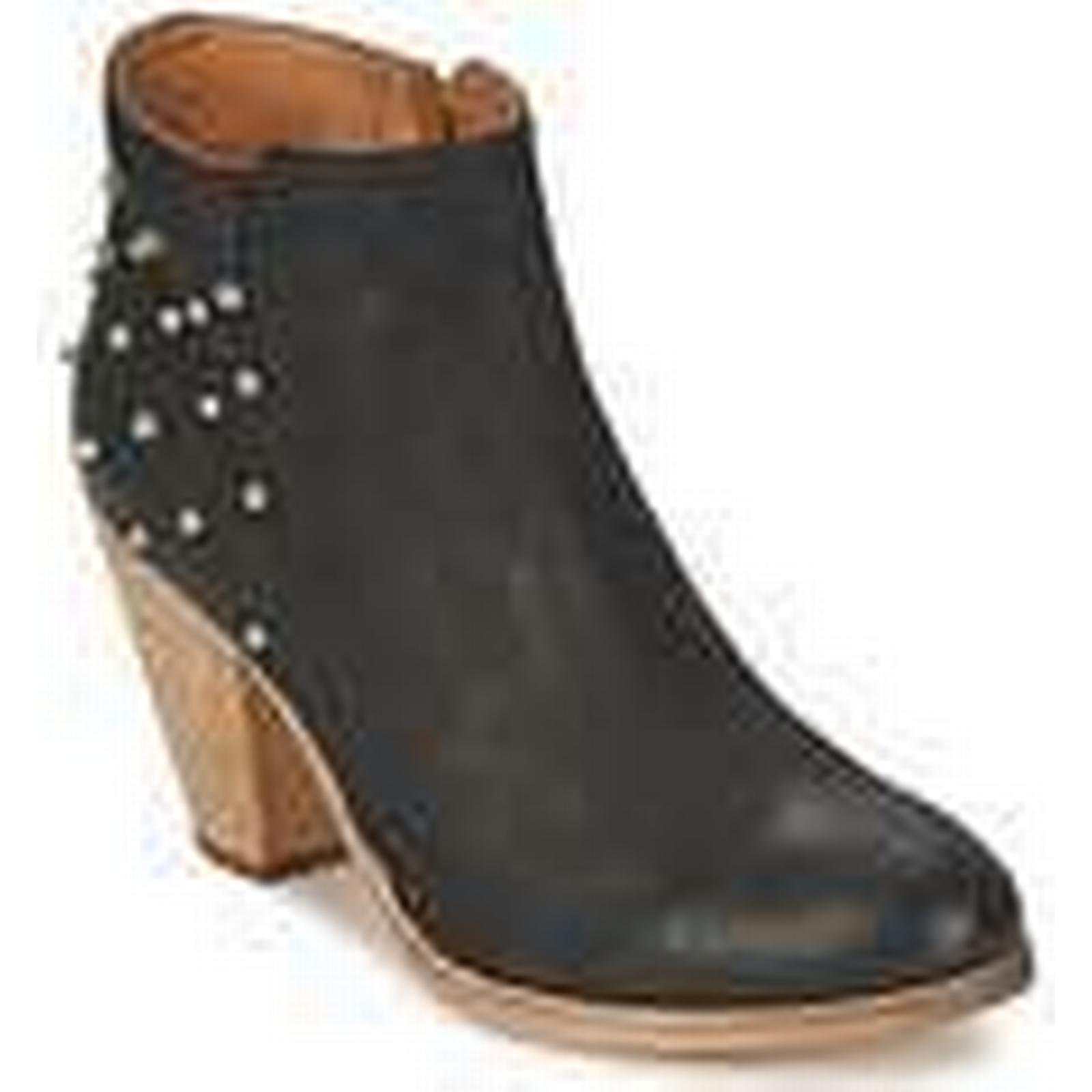 Koah  LAYLA  Black women's Low Boots in Black  195b08
