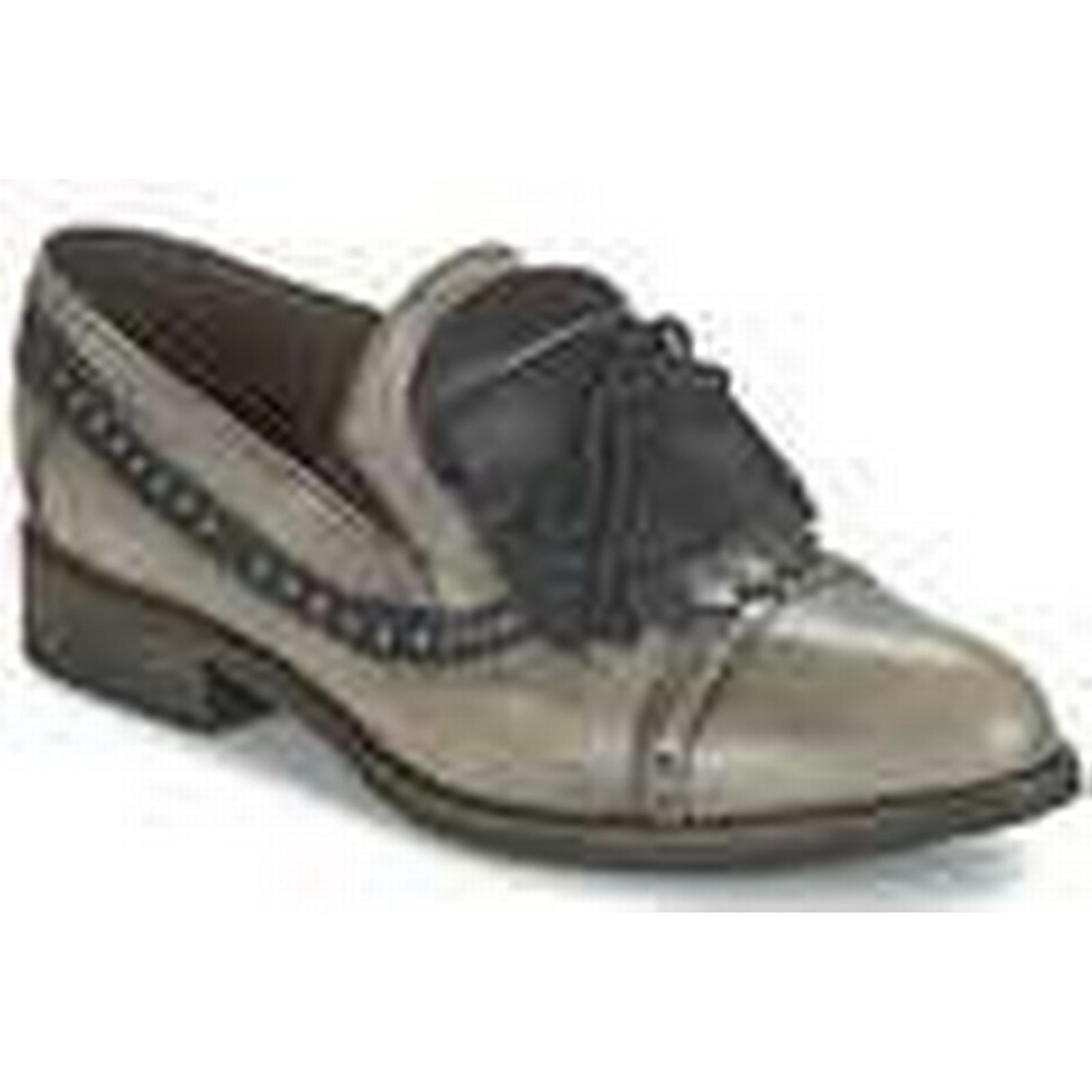 Dkode  Shoes SIRIAN  women's Casual Shoes  in Grey d2c8db