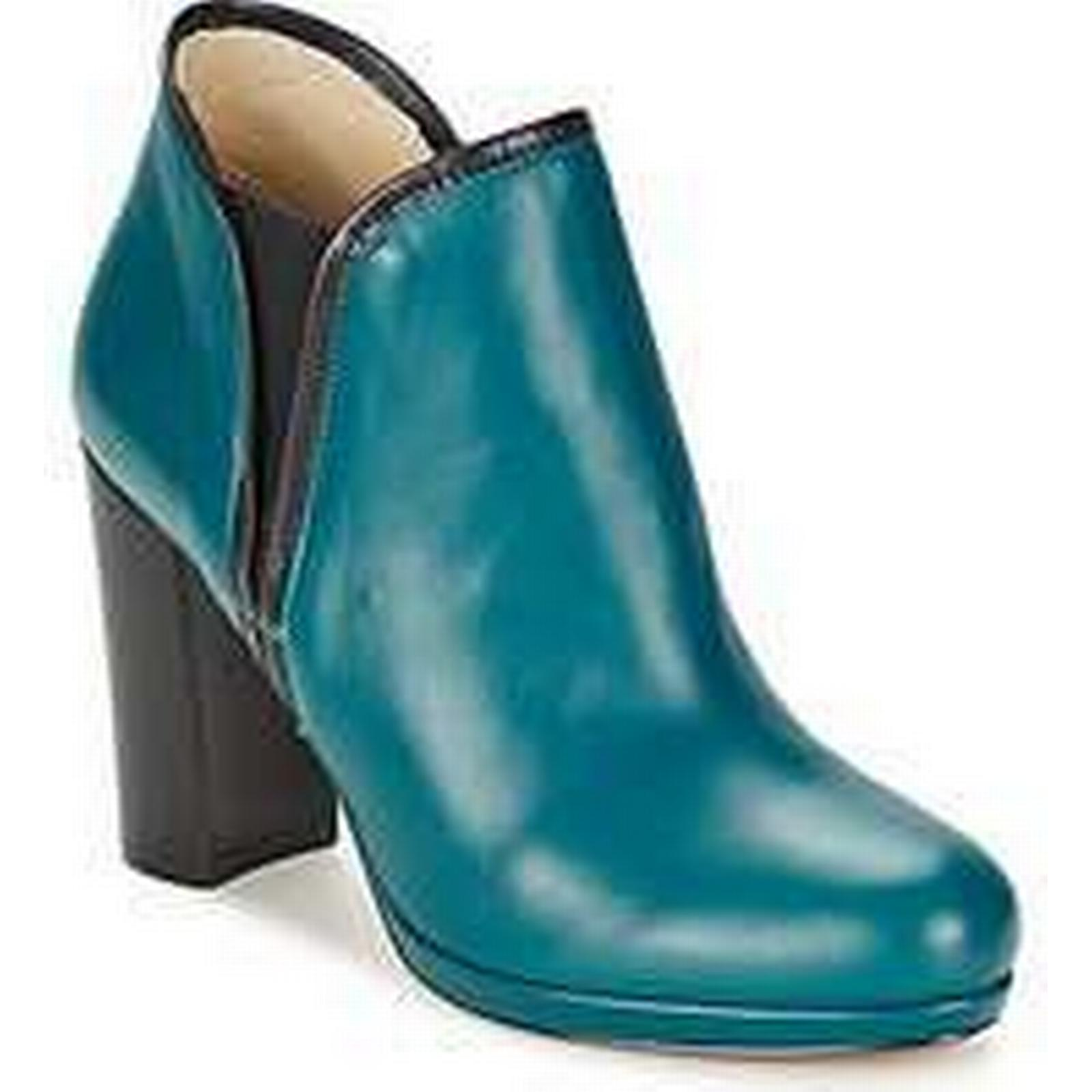 Spartoo.co.uk Low Betty London MINDANAO women's Low Spartoo.co.uk Ankle Boots in Blue ed92ff