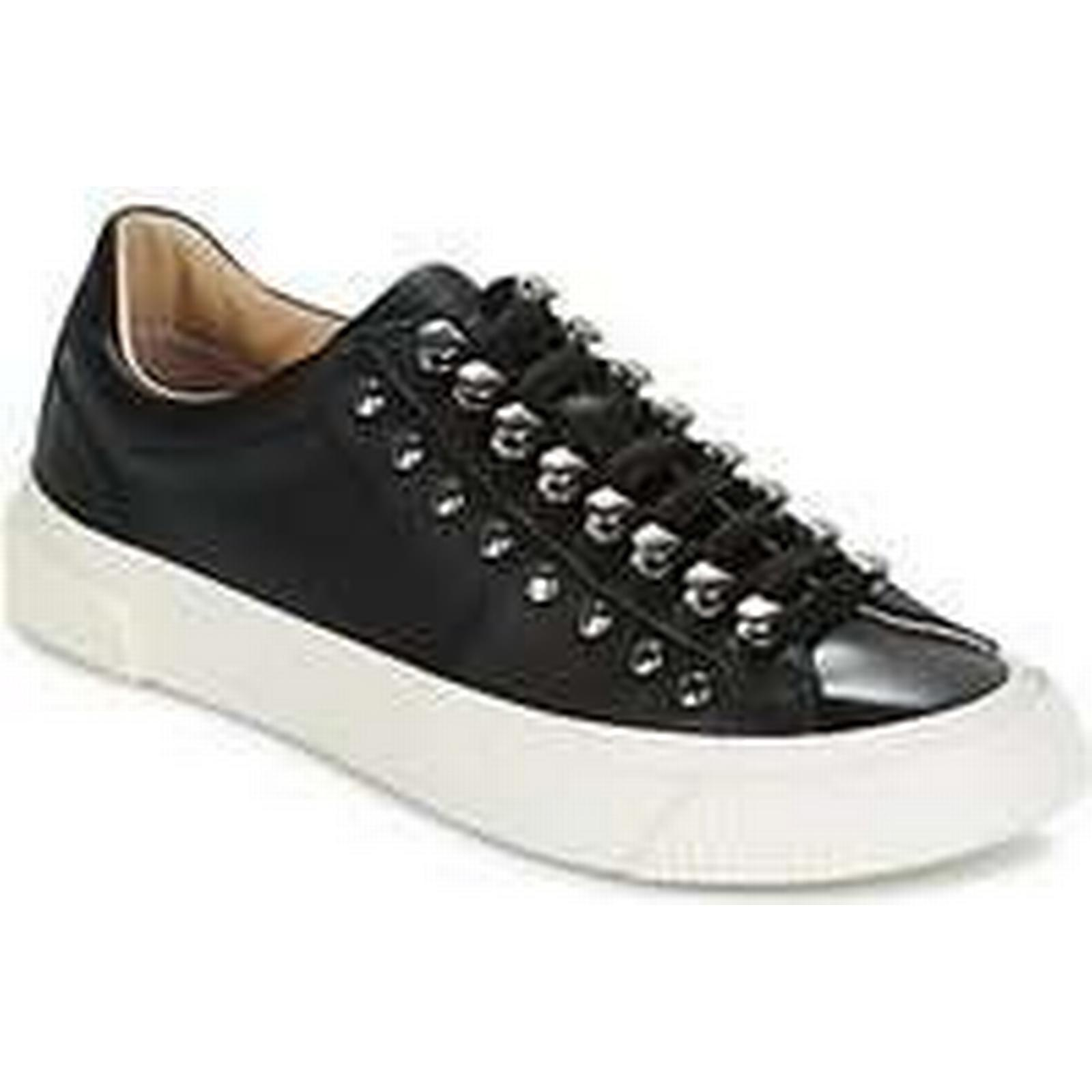 Spartoo.co.uk women's Diesel S-MUSTAVE LC W women's Spartoo.co.uk Shoes (Trainers) in Black 1c2677