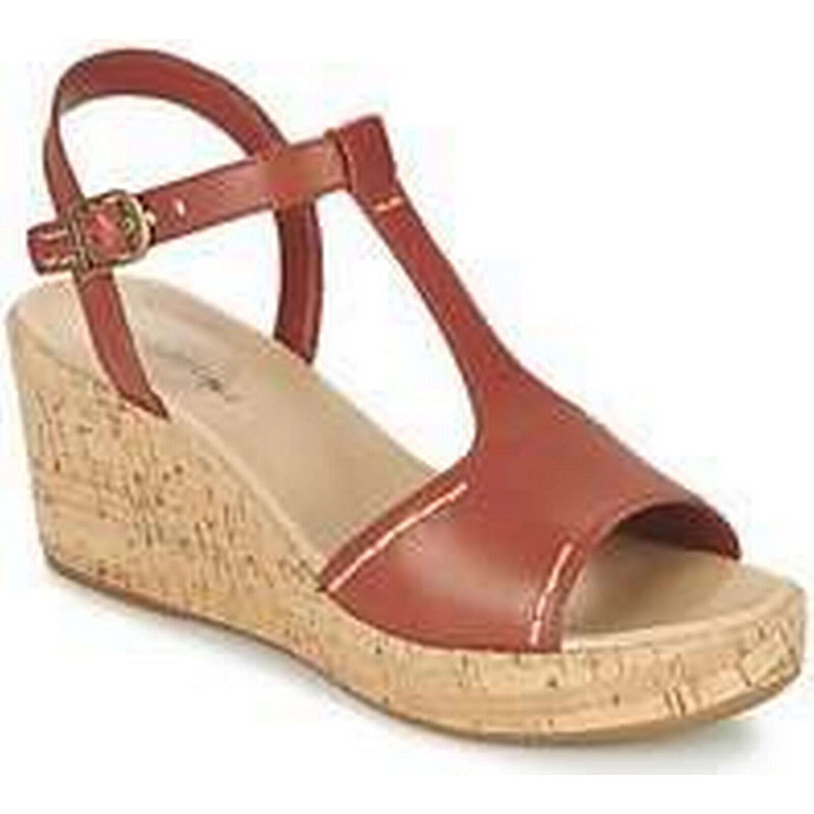 Spartoo.co.uk women's Hush puppies BLAKELY DURANTE women's Spartoo.co.uk Sandals in Red 839375