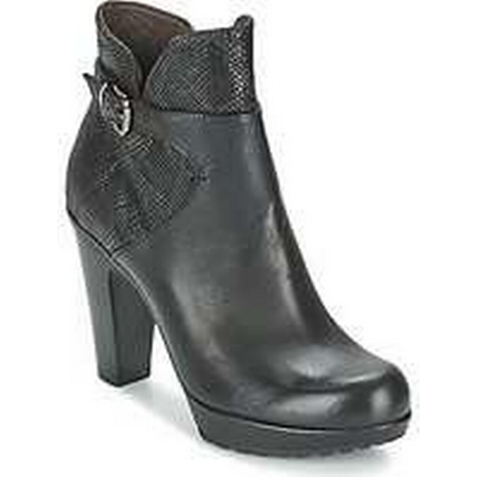 Spartoo.co.uk Now Boots ALOES women's Low Ankle Boots Now in Black a82ab5