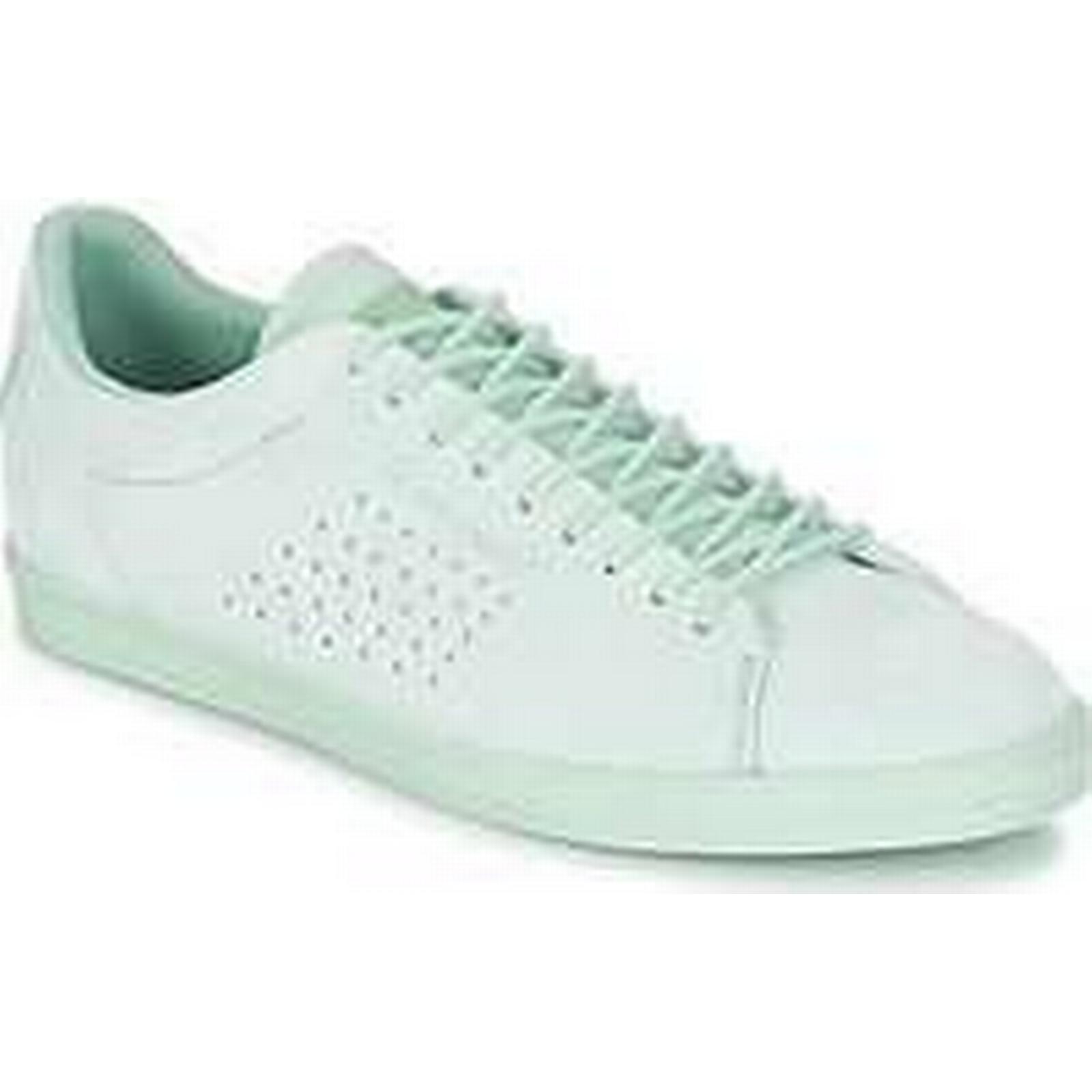 Spartoo.co.uk Le women's Coq Sportif CHARLINE NUBUCK women's Le Shoes (Trainers) in Green 50543e