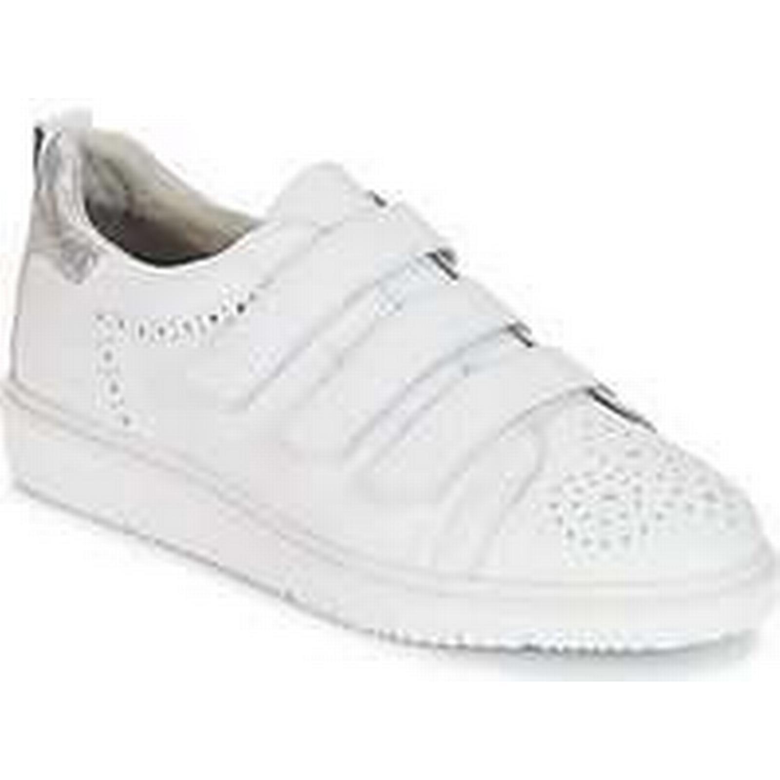 Spartoo.co.uk Tamaris in - women's Shoes (Trainers) in Tamaris White 438587