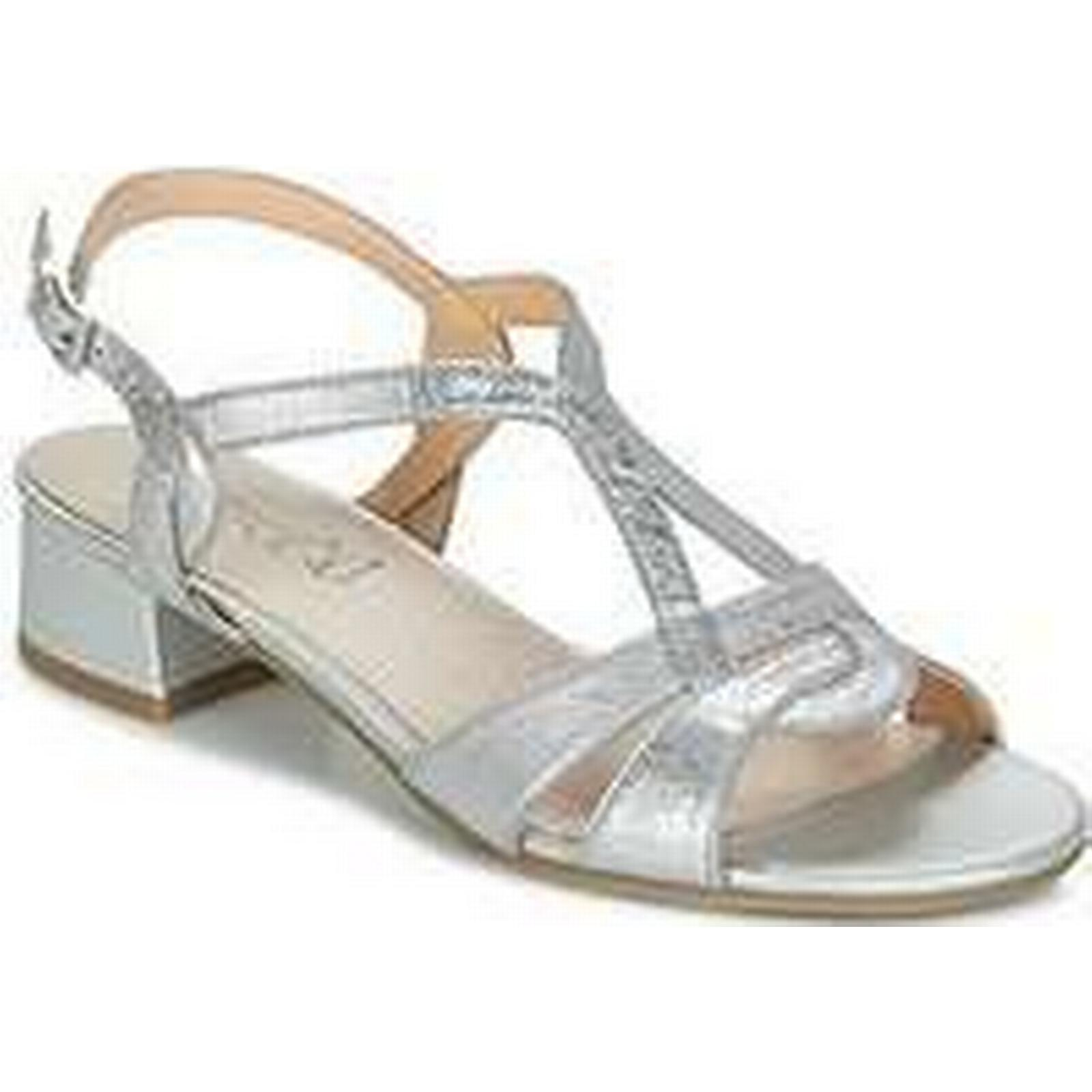 Spartoo.co.uk in Caprice SATIBO women's Sandals in Spartoo.co.uk Silver 22aa6a