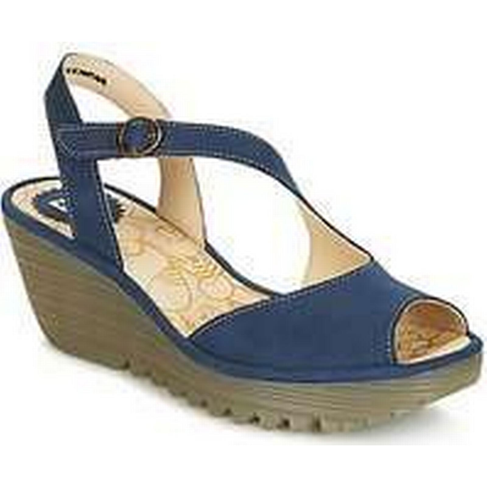 Spartoo.co.uk YAMP Fly London YAMP Spartoo.co.uk women's Sandals in Blue f4ca49