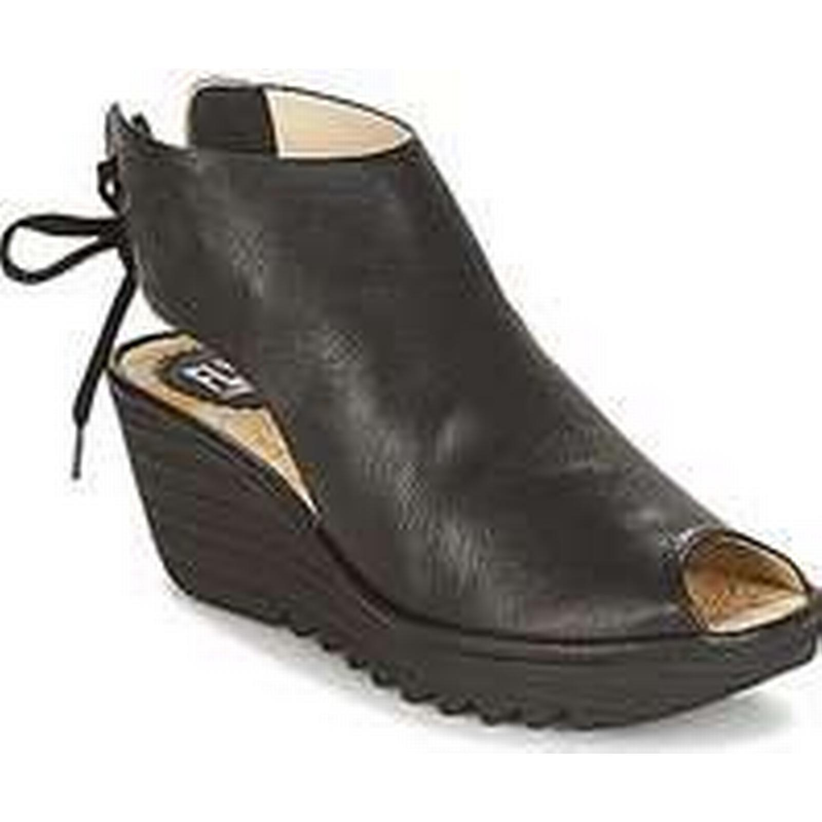 spartoo.co.uk fly # london yuzu femmes & # fly  ; s les sandales en noir 148011