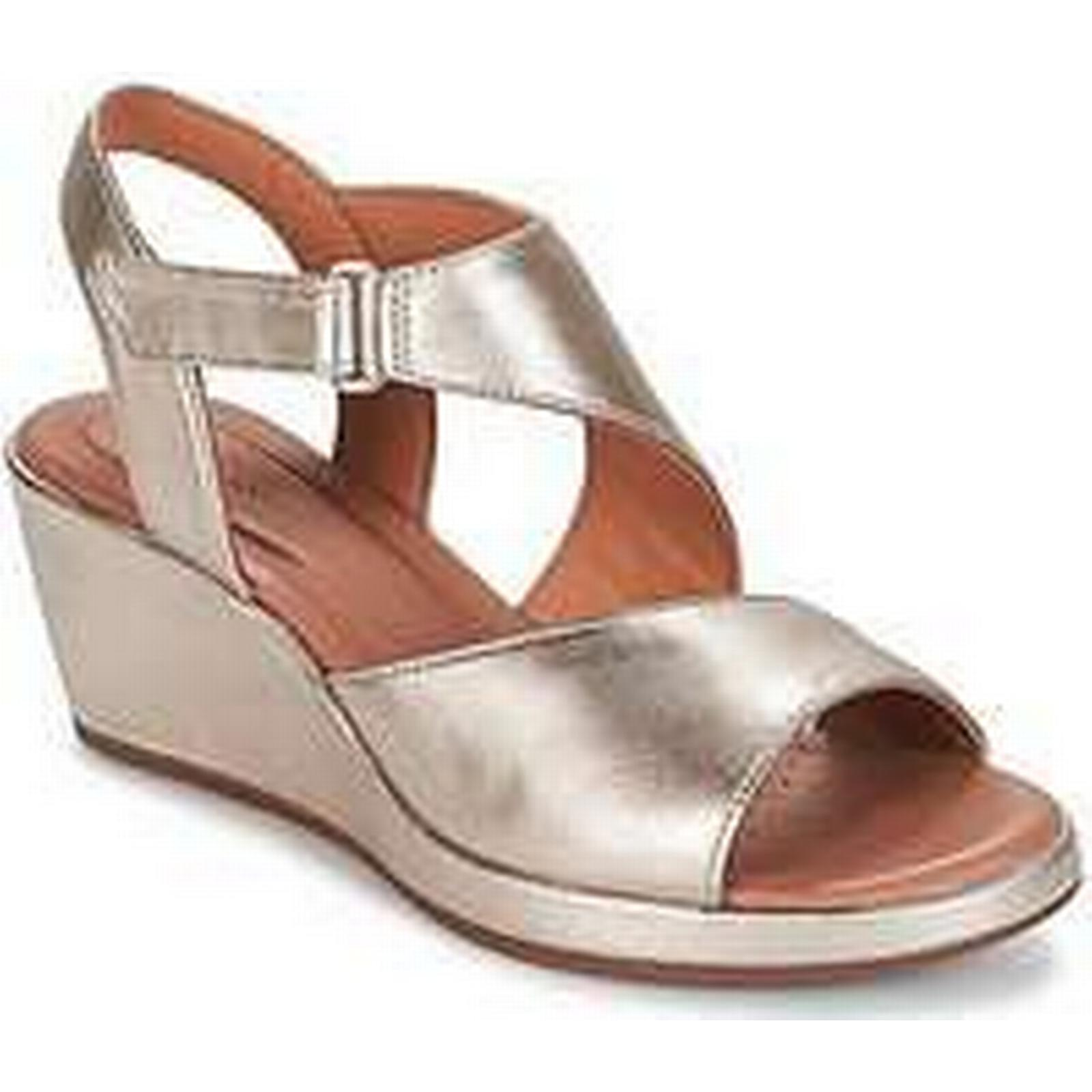 Spartoo.co.uk Clarks UN PLAZA SLING Gold women's Sandals in Gold SLING fc3519