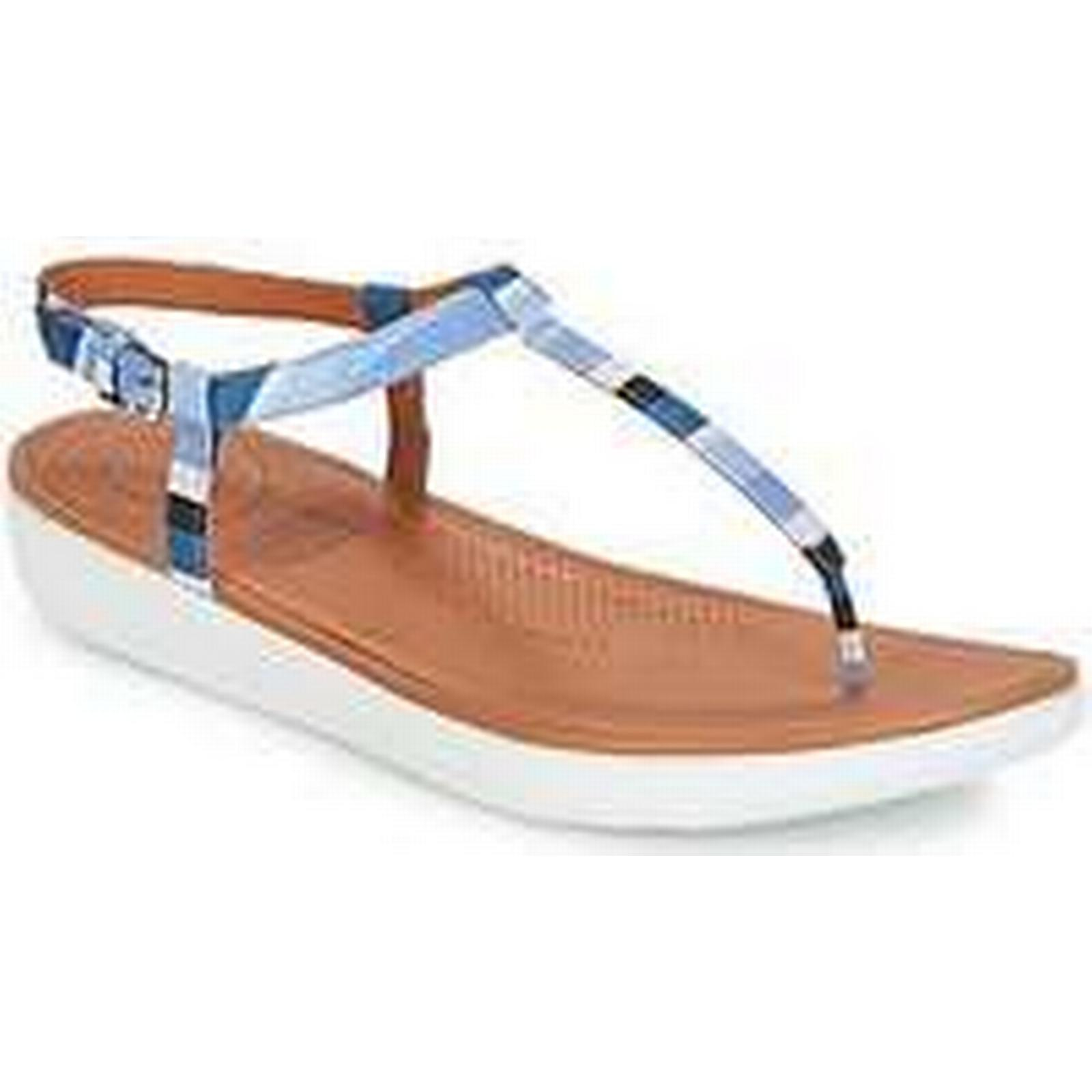 Spartoo.co.uk Sandals FitFlop TIA TOE-THONG women's Sandals Spartoo.co.uk in Blue aacb2c