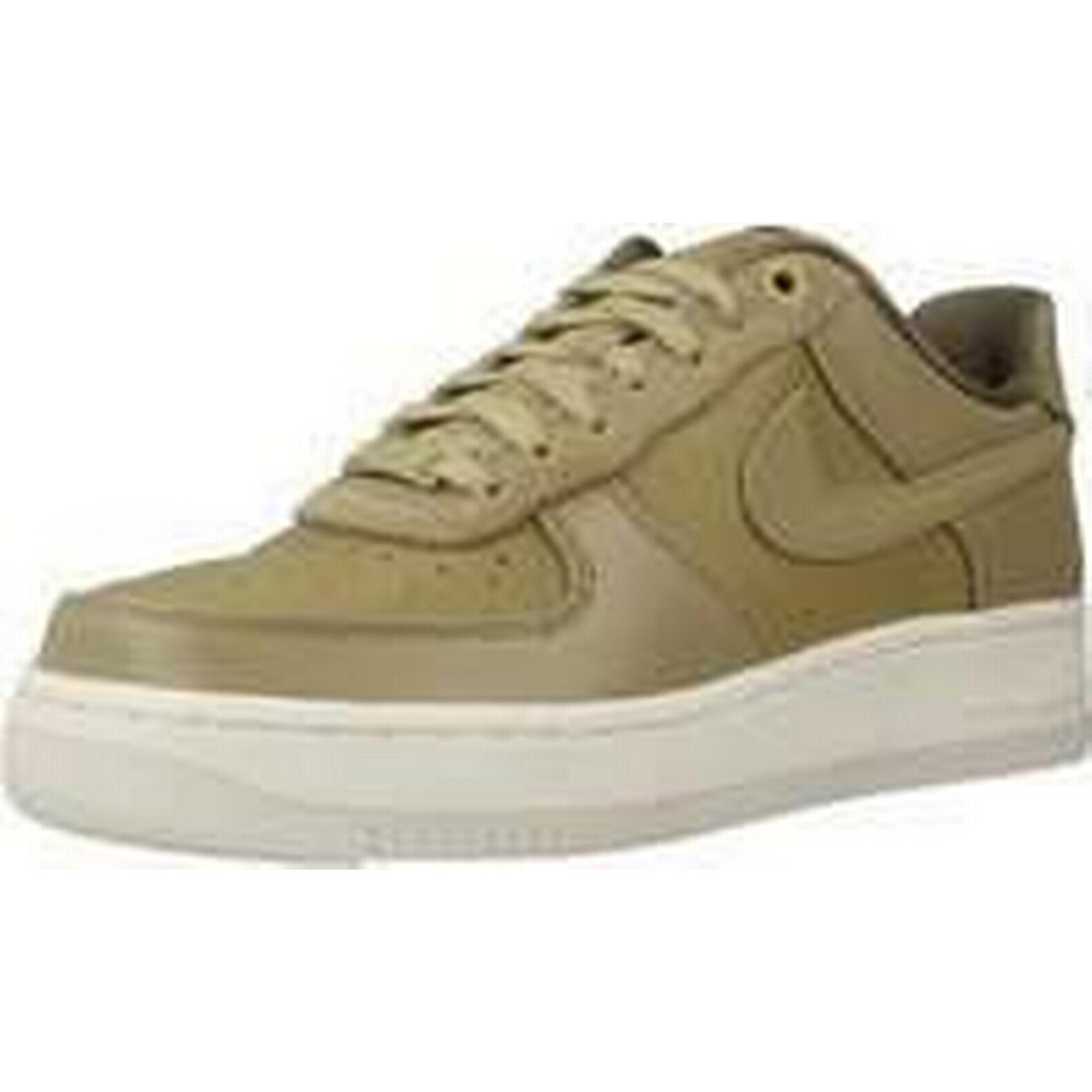 Spartoo.co.uk women's Nike AIR FORCE 1 07 LX women's Spartoo.co.uk Shoes (Trainers) in Green 184779