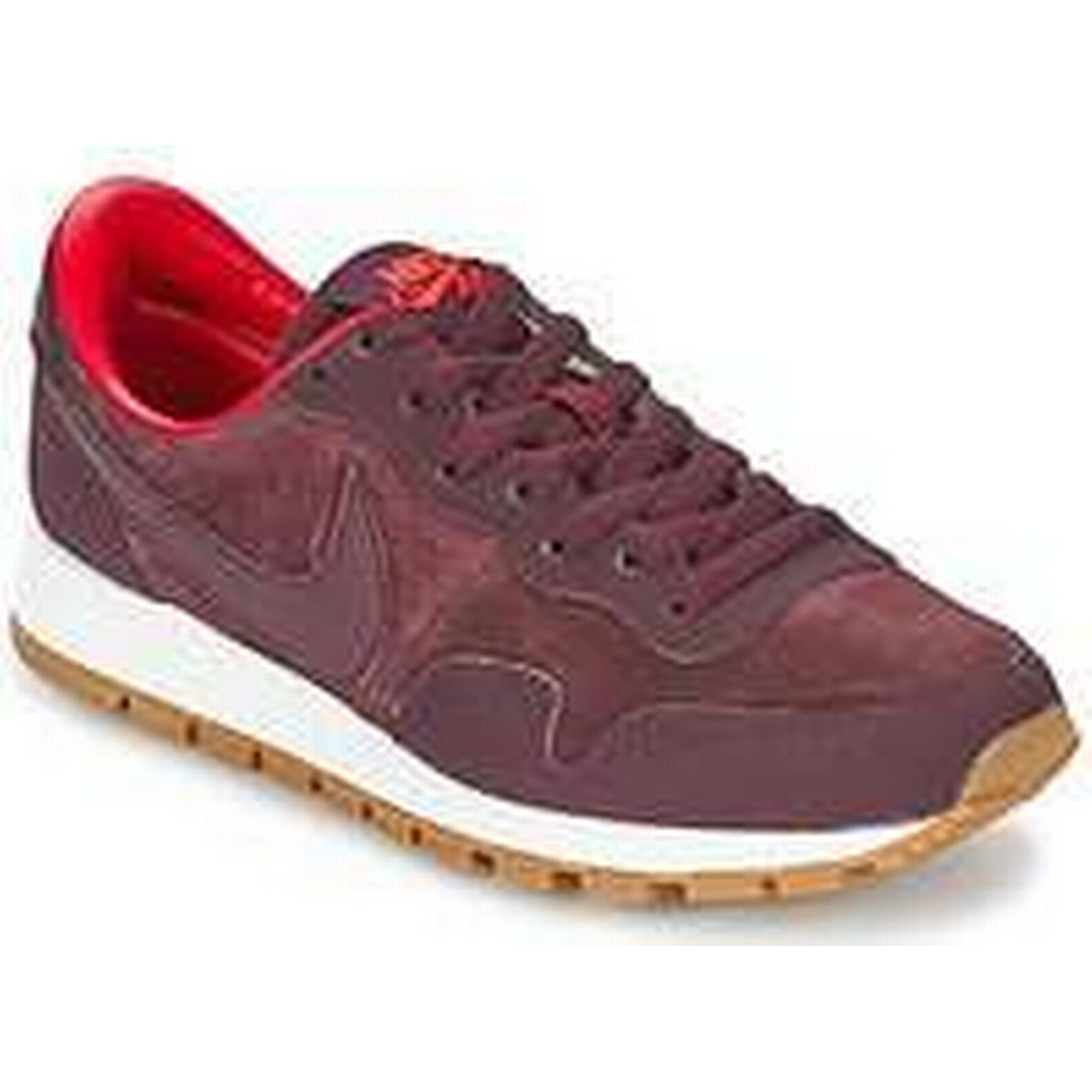Spartoo.co.uk Nike AIR Shoes PEGASUS '83 LTHR women's Shoes AIR (Trainers) in Red 3646dc