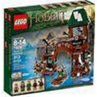Lego Hobbit Attack on Lake-town 79016