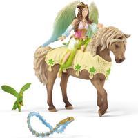 Schleich Festklädd Surah med häst 70504