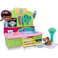 Disney Junior Doc McStuffins Veterinarian Clinic