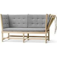 Fredericia Spoke-Back Sofa
