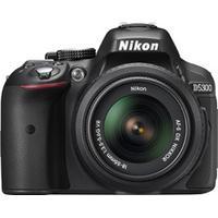 Nikon D5600 + 18-55mm VR II