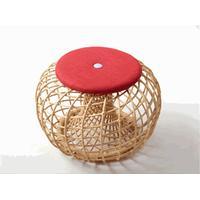 """Cane-Line Cane Line - """"Nest"""" fodskammel - Lille - MED hynde (rød m/blå knap)"""