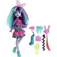 Mattel Monster High Electrified Monstrous Hair Ghouls Twyla Doll