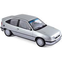 Norev 183613 Opel Kadett GSI silber 1987 Maßstab 1:18