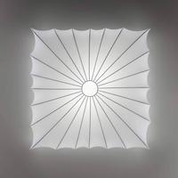 Hvid væg- og loftlampe Muse m. tekstilskærm, 60 cm