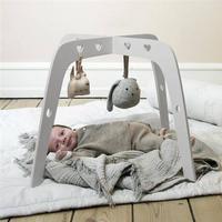 Withwhite Aktivitetsstativ, Baby Gym i skum - WithWhite