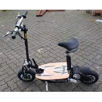"""STRADA EL scooter, foldbar, 60V 2000 WATT Brushless med aftagelig sæde +45KM/T Skivebremser 12"""" offroad hjul. Med Sort/Hvid farve 25/45 KM/T"""