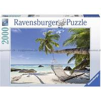 Ravensburger Hammock on the Beach 2000 Pieces