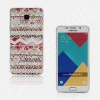 Krøyer Ultra tunt TPU-skal till Samsung Galaxy A3 (2016) - Trianglar