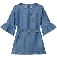 Light Wash Denim Bell Sleeve Kjole3 years