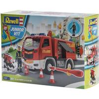 Revell Junior Kit Fire Truck with Figure 00819