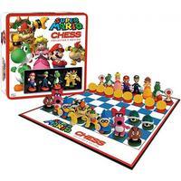 Super Mario Collectors Edition Chess, med spelpjäser från...