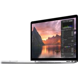 """Generalüberholtes 15,4""""MacBookPro mit 2,2GHz Quad-Core Intel Corei7 und Retina Display"""