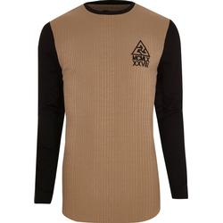 Hellbraunes, langes T-Shirt mit Kontrastärmeln