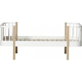 Oliver Furniture Wood Juniorsäng