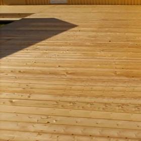 Sibirisk lærk terrassebrædder 32x125 mm (28x115 mm)