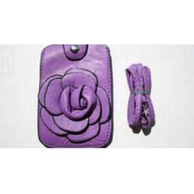 Lilla mobiltaske med blomst