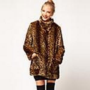 a · c · eamp;f Damenmode Leoparden Nachahmung Pelzmantel