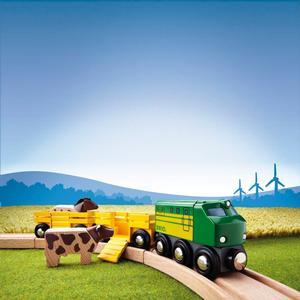 BRIO Holzeisenbahn ´´Bauernhof-Zug´´ Modell: 33404, 5-teilig (ab 3 Jahren)